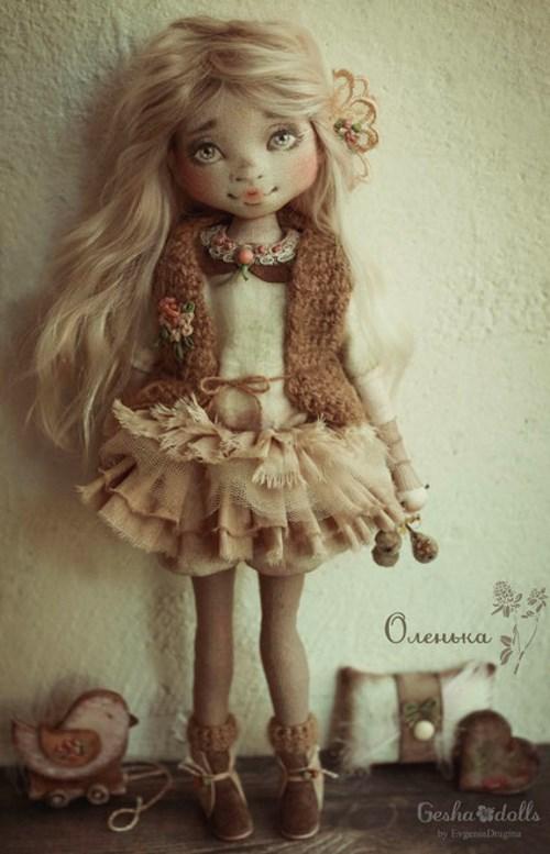 Кукла Оленька