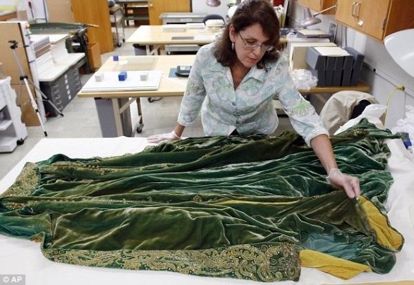 """Роскошный зеленый халат """"Унесенные ветром"""""""