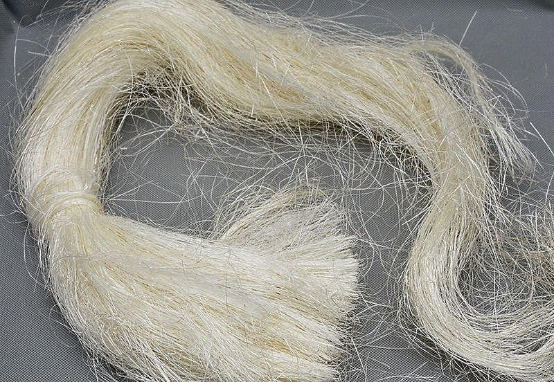 Неокрашеное волокно сизаля