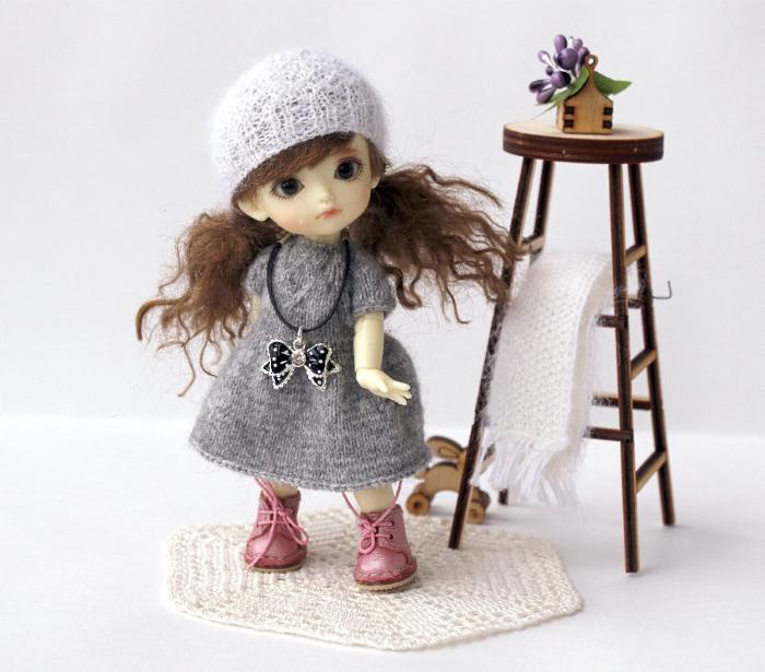 Купить наряд для маленькой куклы