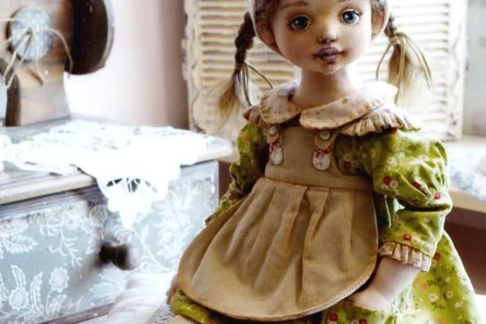 МК: красивый фартучек для куклы